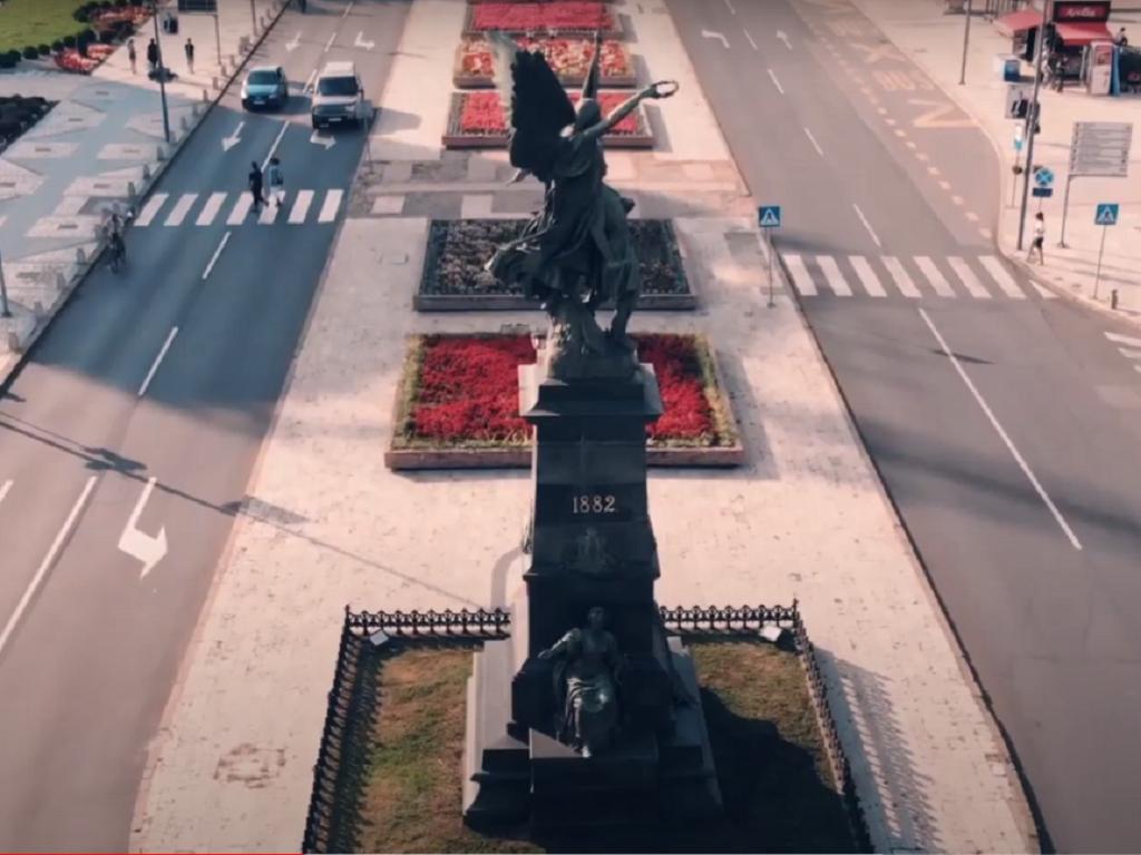 Rekonstruiše se kruševački Trg kosovskih junaka - Odabrani izvođači za gradnju podzemne garaže i dve fontane
