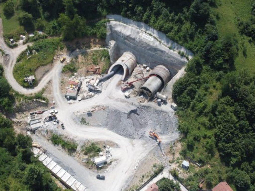 Još 900 m dijeli spoj južne i sjeverne strane budućeg tunela Zenica - Pogledajte kako napreduju radovi (VIDEO)