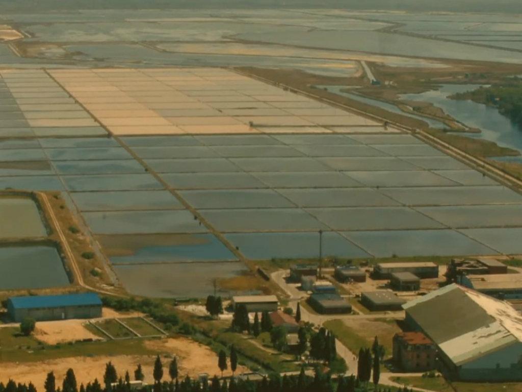 Nakon 86 godina stavljena tačka na postojanje jedine fabrike soli u CG - Ulcinjska Solana otišla u istoriju kao staro željezo