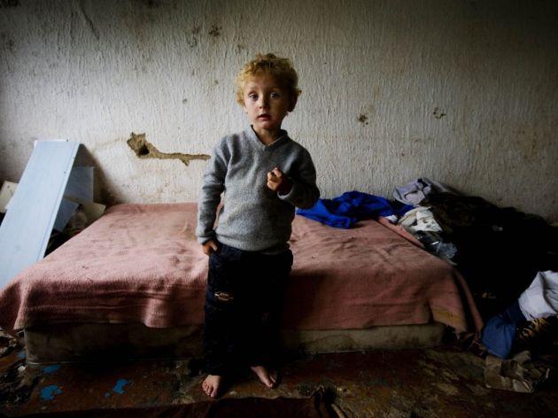 """UNICEF pokreće nacionalnu kampanju solidarnosti """"Za 1.000 porodica sa ivice"""""""