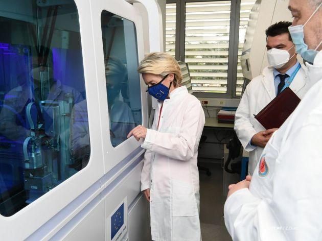 EU donirala Crnoj Gori automatizovani aparat za masovno PCR testiranje