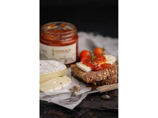 Slatko-ljuti sos odličan za kombinovanje sa raznim specijalitetima