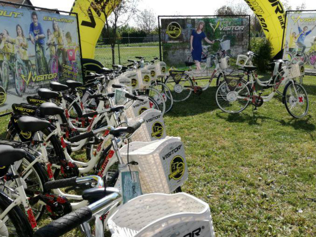 Crveni krst Vojvodine dobio kao donaciju brendirane bicikle