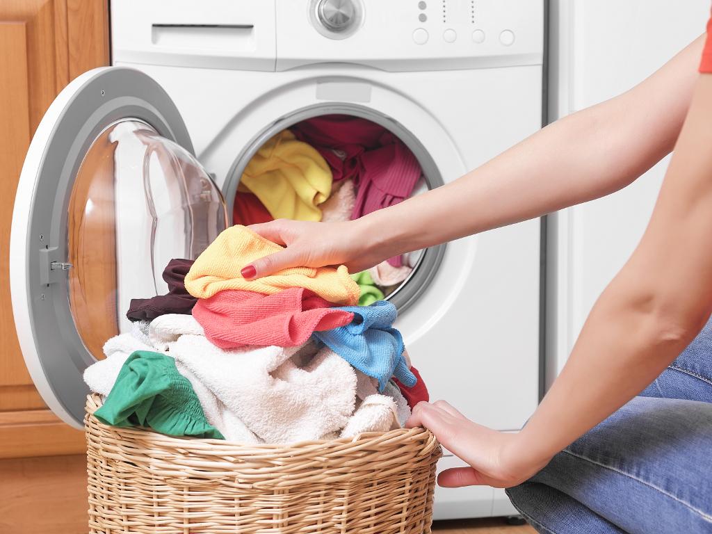 Ako ste roditelji u Somboru, zaboravite na pranje i peglanje veša