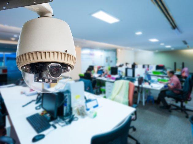 Oprezno sa video nadzorom u kancelariji - Sistem kontrole radnika mora biti u skladu sa Ustavom i Zakonom o zaštitu podataka o ličnosti