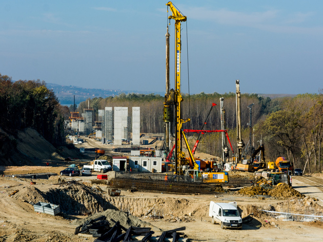 Construction of Cortanovci viaduct