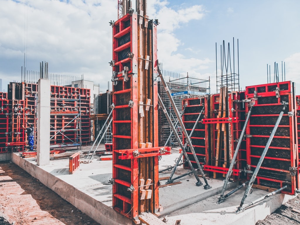 Firma Gradnja zidar gradi stambeno-poslovni objekat u Aranđelovcu