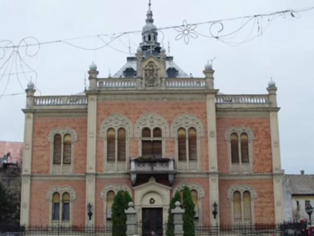 Završetak obnove Vladičanskog dvora u Novom Sadu krajem novembra - Spasen samo deo pločica