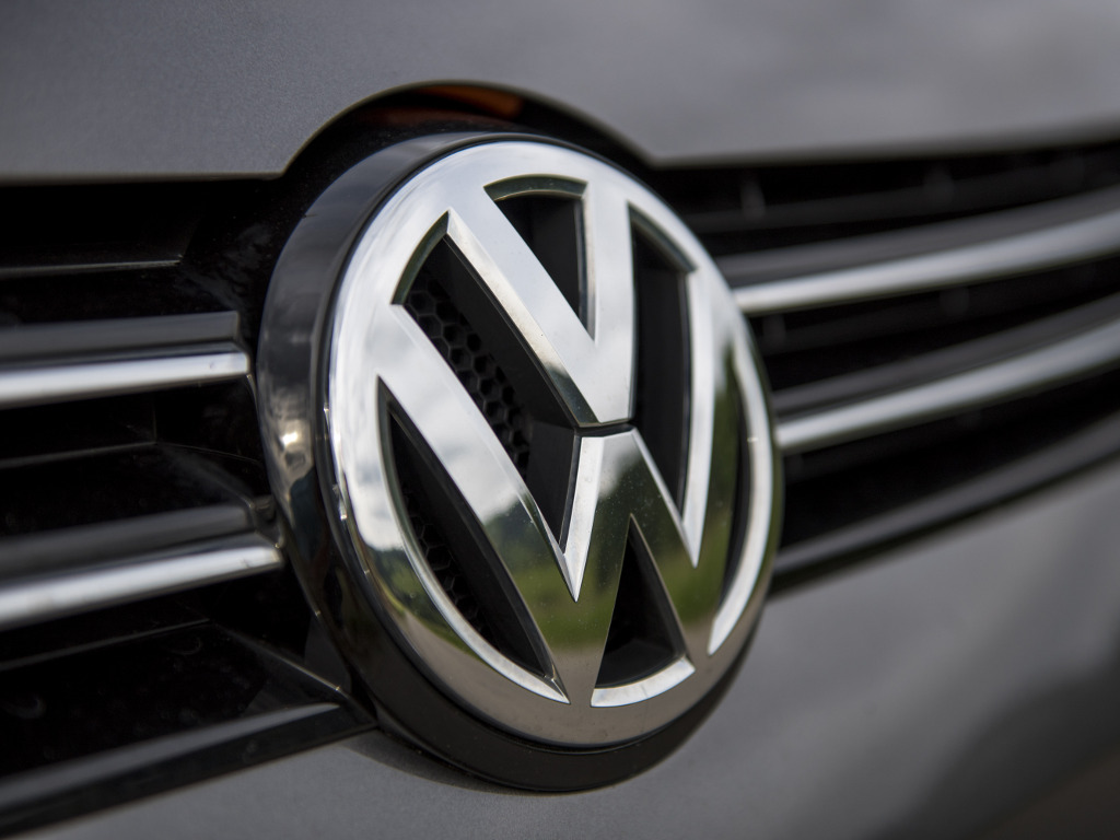 Volkswagen predstavio futurističko punjenje automobila