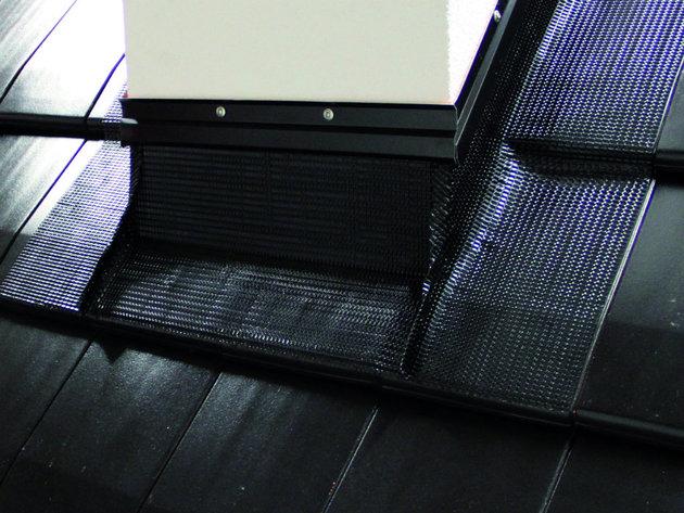 Inovativan Tondach sistem opšivanja dimnjaka - Koraflex Plus trake štite od prodora kiše i snega