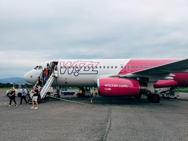 Iz Tuzle poletio avion za Salcburg