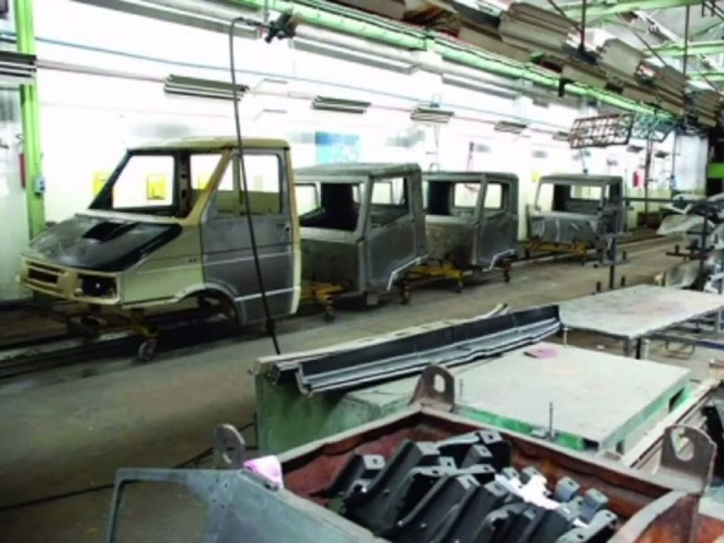 Oglašena prodaja kragujevačke fabrike Zastava kamioni - Početna cijena oko 2 mil EUR