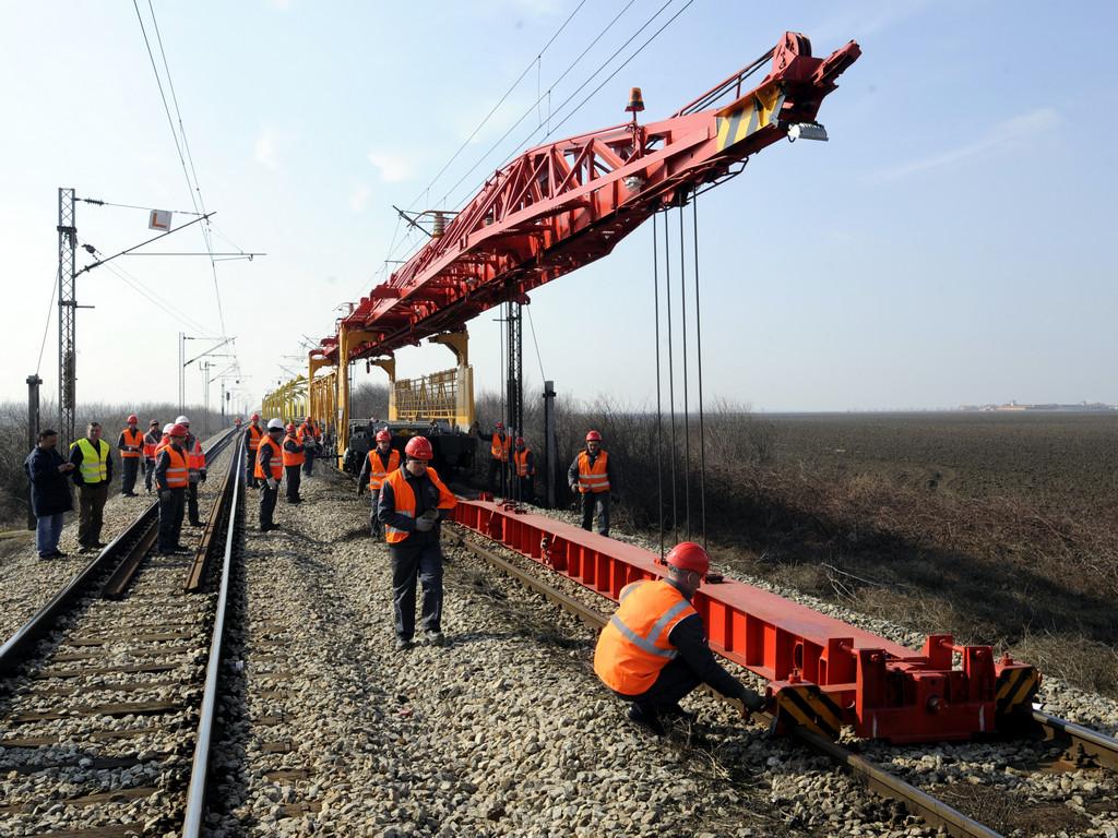 Brza pruga Beograd-Stara Pazova gotova krajem septembra - Na jesen kreće i gradnja Dispečerskog centra za upravljanje železnicom
