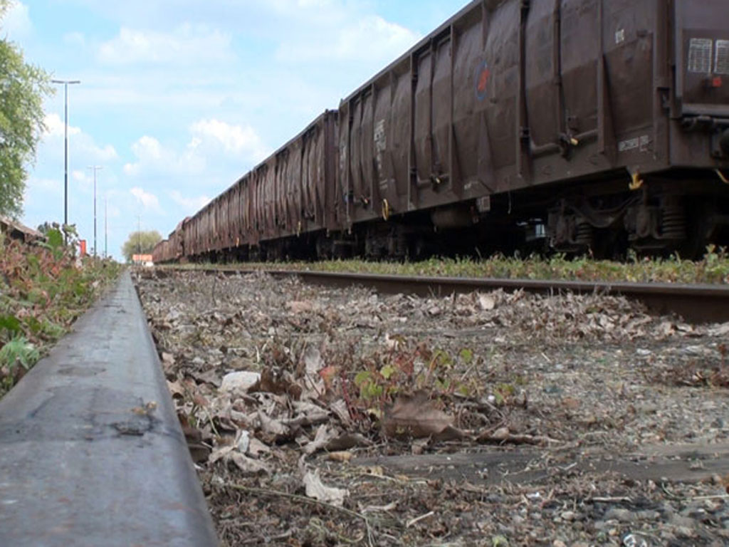 Kako od starih napraviti nove - Na srpskim prugama stoji najmanje šest hiljada zarđalih vagona koji bi mogli poslužiti za oporavak naše vagonogradnje