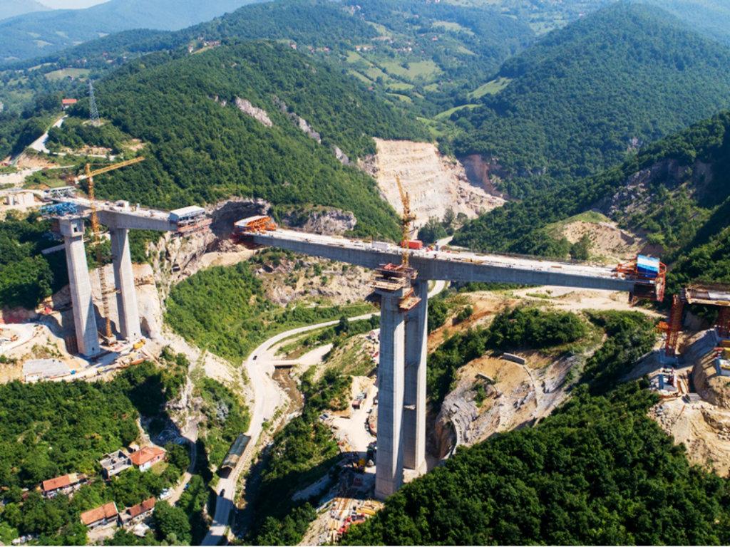 Napreduje izgradnja posljednje dionice Zeničke obilaznice - Probijena lijeva cijev tunela Hum