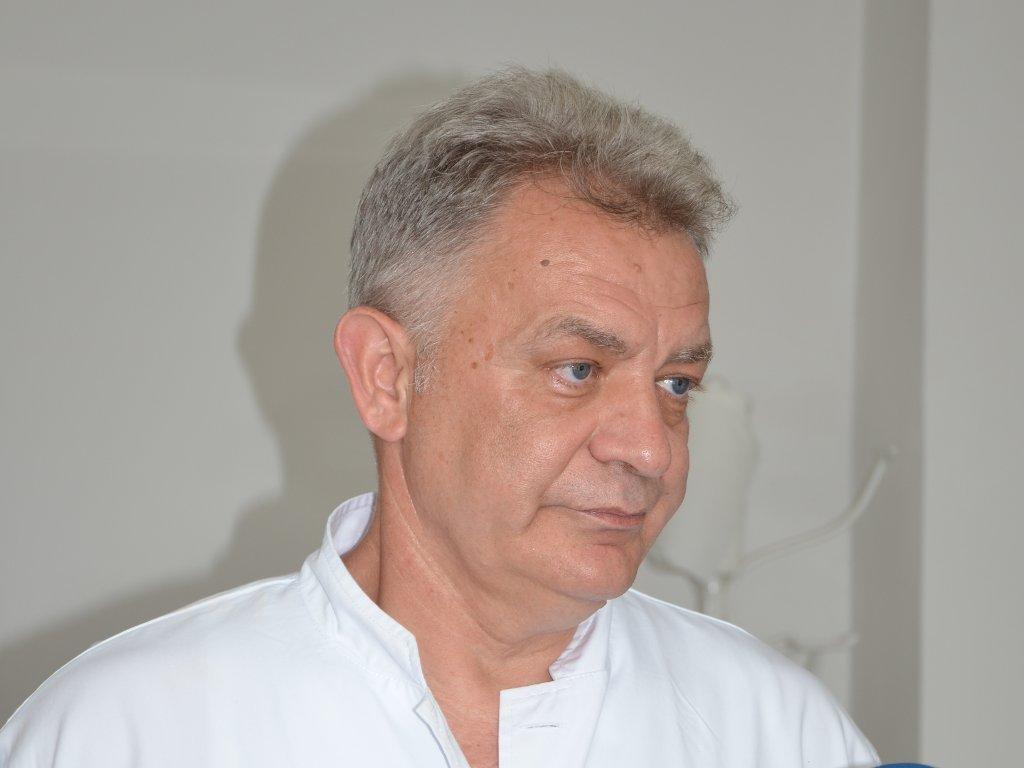 Prim. dr Zlatko Kravić, hirurg - Najvažnije je pomoći čovjeku i ostati čovjek