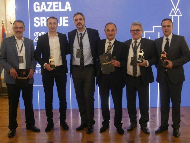 Direktor PKS-a Marko Čadež sa predstavnicima firmi koje su ušle u uži izbor