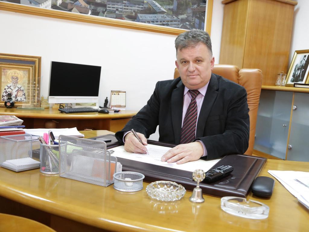Zoran Adžić, gradonačelnik Gradiške - Obezbijedili smo 400 ha zemljišta za formiranje slobodne zone kod novog mosta na Savi
